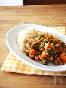 野菜たっぷりヘルシードライカレー