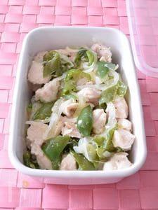 鶏のささみとピーマンの塩麹蒸し 作り置きレシピ