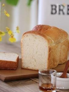 ふわふわはちみつミルク食パン