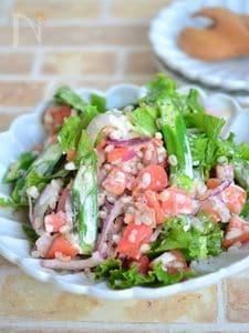オクラとトマトのもち麦サラダ【低糖質】