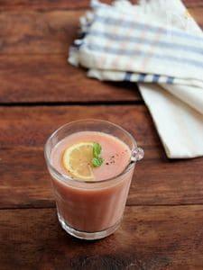 桃とトマトのスープ。