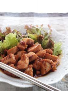 鶏むね肉のひとくち照り焼き