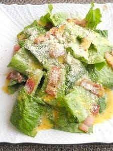 ロメインレタスのシーザーサラダ