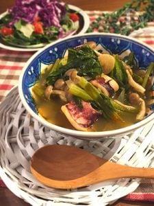 簡単!時短!小松菜とシーフードのトムヤムクン
