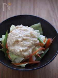 レンジ蒸し野菜のさっぱり梅豆腐ドレかけ。