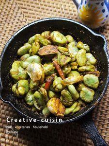 スキレットで作る♪そら豆のスパイスアヒージョ