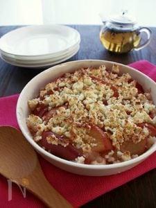 ホットデザート♪熱々アップルのチーズクランブル