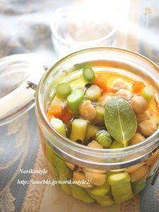 アスパラガスとひよこ豆のピクルス