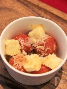 ミニトマトとチーズのパン粉焼き