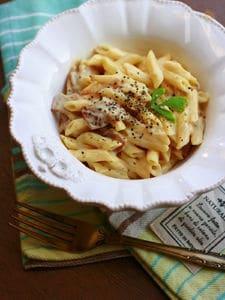 豆腐クリームのカルボナーラ風パスタ