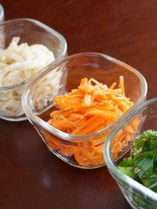 3色ナムル(生玉ねぎ・にんじん・生小松菜)