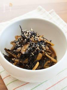 ひじきとごぼうの甘辛炒め煮 生姜風味