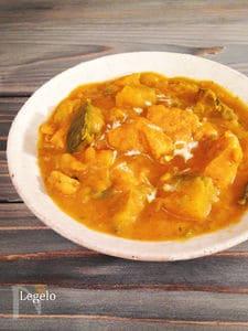 鶏むね肉とスパイスで濃厚かぼちゃカレー(小麦粉なし)