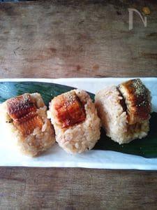 鰻の蒲焼きむすび