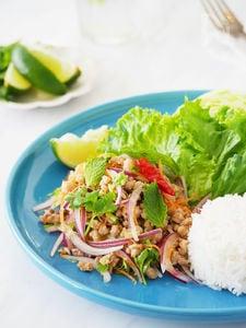 夏に食べたいタイ料理!ラープ(タイ風ひき肉サラダ)