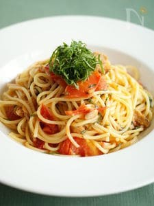 トマトとツナと青じそのスパゲティ