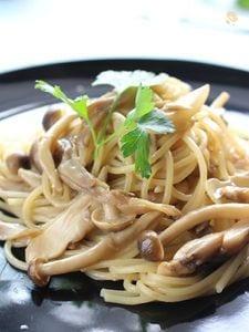 たっぷりきのこの和風クリームスパゲティ
