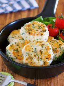 作りおきやお弁当にも♪『ささ身のしそチーズ丸め焼き』