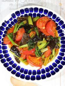トマトとキクラゲの中華炒め。
