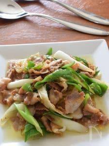 豚バラ肉・ピーマン・長ねぎの味噌炒め