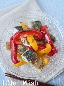 焼きパプリカと鯖のマリネ