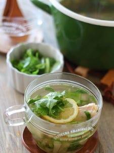 鶏手羽と大根のエスニックスープ