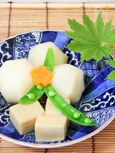 ほっこりが美味しいね♪かぶと高野豆腐の煮物