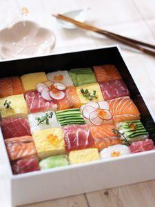 牛乳パックで作れる モザイク寿司