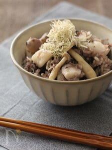 ちりめんじゃこと長芋の黒米入りご飯