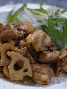 鶏肉とレンコンの甘辛炒め、コチュジャン風味