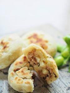 高菜と挽肉とパルミジャーノ・チーズのおやき