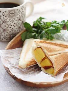 おせちをリメイク!伊達巻とチーズのホットサンド