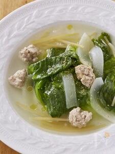 レタスと鶏団子の優しいスープ