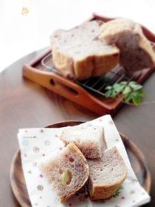 ブルーベリーとクリームチーズの食パン