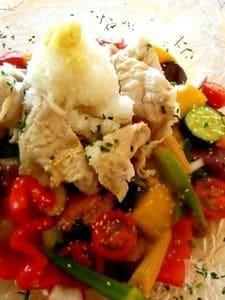 彩り鮮やか 夏野菜たっぷり豚シャブサラダ