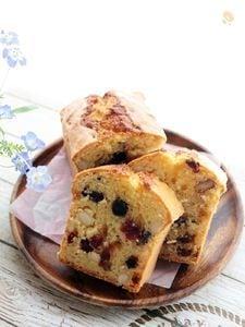 ドライフルーツ&ナッツたっぷりのパウンドケーキ