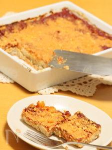 大豆ミートとパンのトマトグラタン