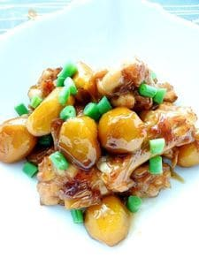秋の香り♪栗と鶏肉のこっくり煮