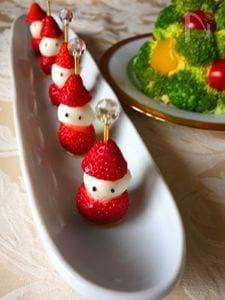 苺とモッツァレラのサンタクロース