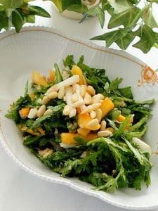 混ぜるだけの春菊と柿と蕪のツナサラダ