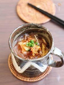 キムチチゲ風春雨スープ