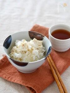 豆腐のごま風味炊き込みご飯