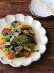 彩夏野菜のみぞれ揚げ浸し。
