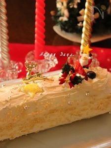 クリームチーズ風味のロールケーキ