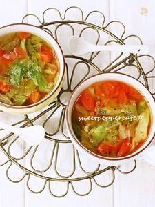 レタスととまとのスープ。