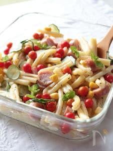カザレッチャとマイクロトマトのデリ風サラダ