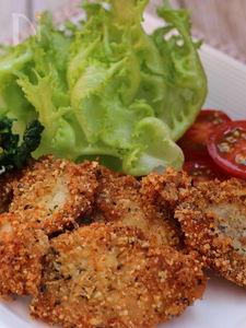 鶏もも肉のハーブパン粉の揚げ焼き