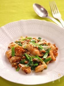 【258kcal】とーーっても健康的な、鶏肉と納豆の炒めもの