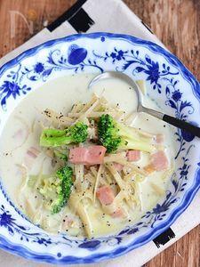 ごぼうとベーコンの食べるミルクスープ