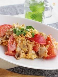 豚肉とトマトの卵とじ